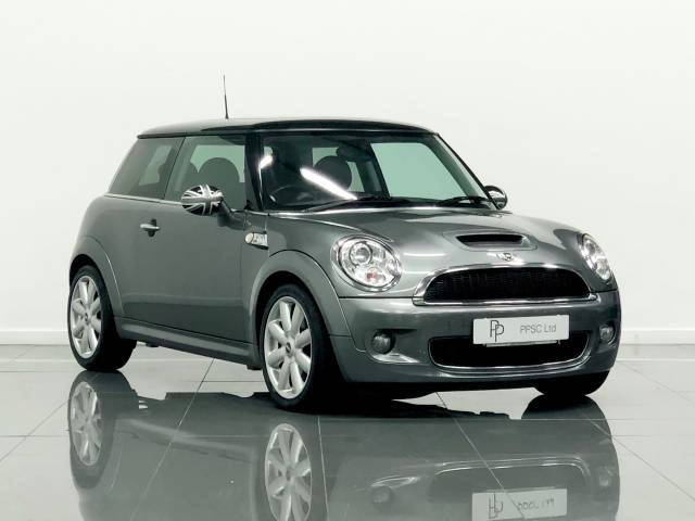 Mini Hatchback 1.6 Cooper S [184] 3dr Auto Hatchback Petrol Metallic Grey at Phil Presswood Specialist Cars Brigg