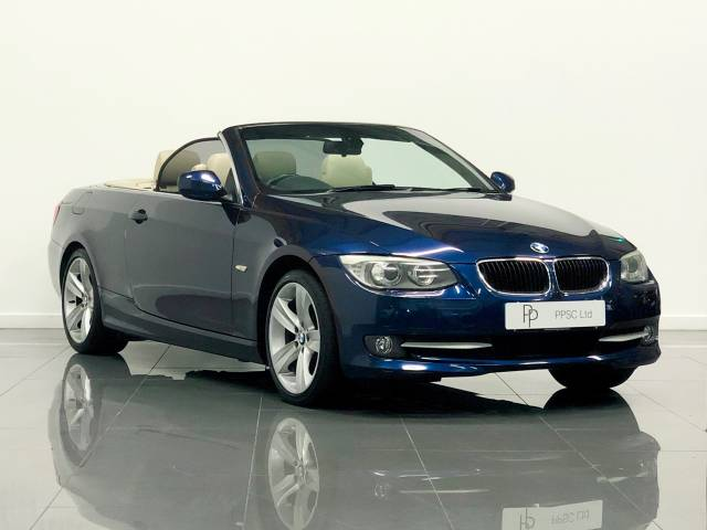 BMW 3 Series 2.0 320i SE 2dr Convertible Petrol Le Mans Blue at Phil Presswood Specialist Cars Brigg