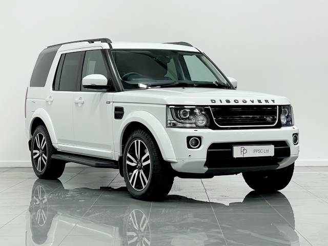 Land Rover Discovery 3.0 XS Commercial Sd V6 Auto Crew Van Diesel White at Phil Presswood Specialist Cars Brigg