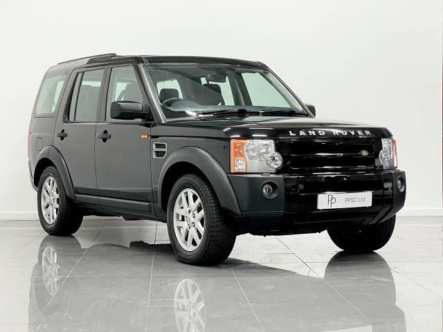 Land Rover Discovery 2.7 Td V6 XS 5dr Auto Estate Diesel Black at Phil Presswood Specialist Cars Brigg
