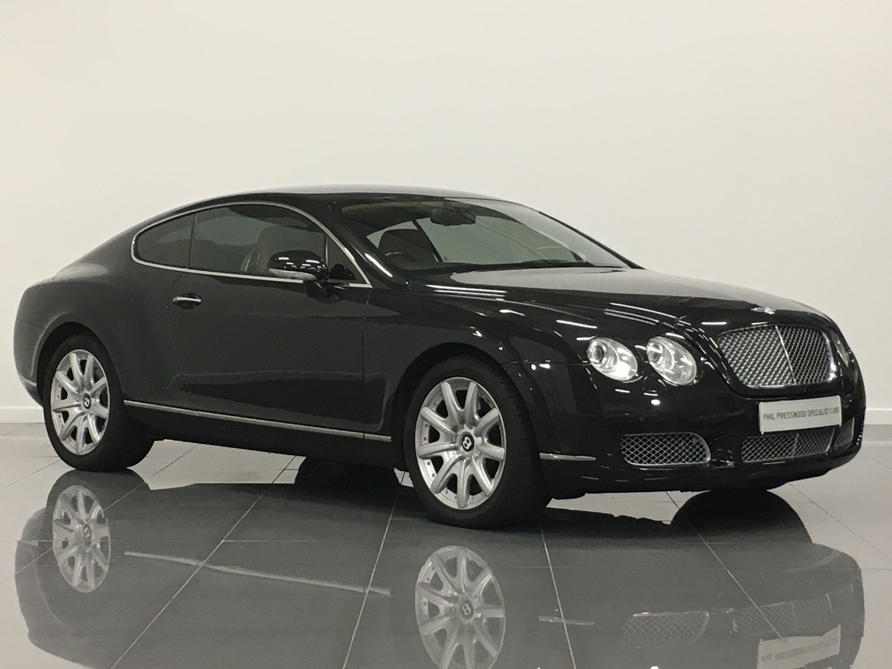 used bentley continental gt 60 w12 2dr auto for sale in brigg lincolnshire phil presswood. Black Bedroom Furniture Sets. Home Design Ideas