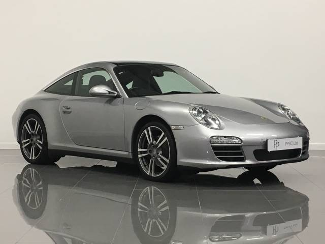 Porsche 911 3.6 Targa 4 PDK Coupe Petrol Sgt Silver Metallic at Phil Presswood Specialist Cars Brigg