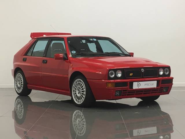 Lancia Delta 2.0 DELTA HF INTEGRALE Saloon Petrol Monza Red at Phil Presswood Specialist Cars Brigg