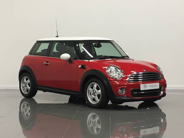 Mini Hatchback 1.6 Cooper [122] 3dr Hatchback Petrol Chili Red at Phil Presswood Specialist Cars Brigg