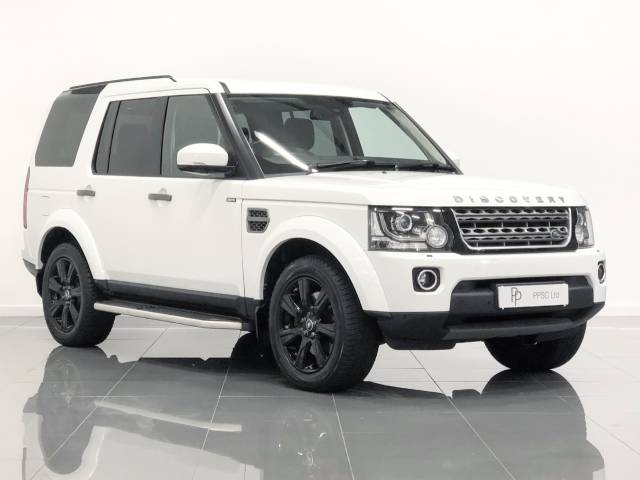 Land Rover Discovery 3.0 SDV6 SE Tech 5dr Auto Estate Diesel Polaris White at Phil Presswood Specialist Cars Brigg