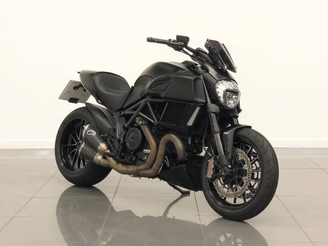 Ducati 1198 DIAVEL Naked Petrol Black at Phil Presswood Specialist Cars Brigg