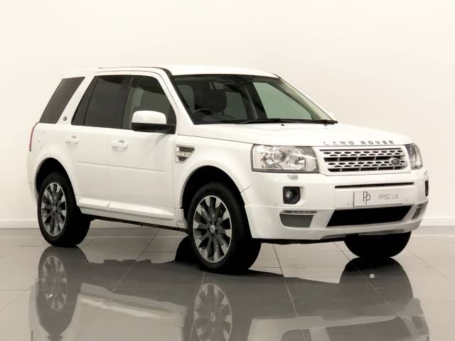 Land Rover Freelander 2.2 SD4 XS 5dr Auto Estate Diesel Snow White at Phil Presswood Specialist Cars Brigg