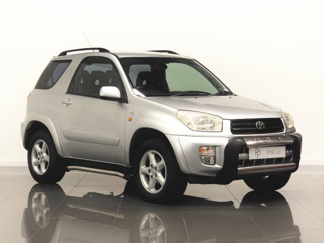 Toyota Rav-4 2.0 NRG 3dr Automatic Estate Petrol Silver at Phil Presswood Specialist Cars Brigg