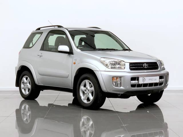 Toyota Rav-4 2.0 NRG 3dr Auto Estate Petrol Argenta Silver at Phil Presswood Specialist Cars Brigg
