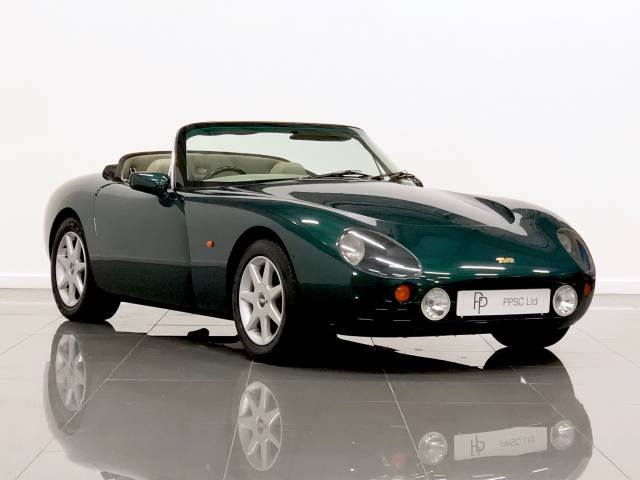 Tvr Griffith 4.0 Convertible Convertible Petrol British Racing Green at Phil Presswood Specialist Cars Brigg