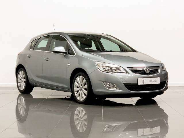 Vauxhall Astra 2.0 CDTi 16V Elite [165] 5dr Auto Hatchback Diesel Silver/ Grey at Phil Presswood Specialist Cars Brigg