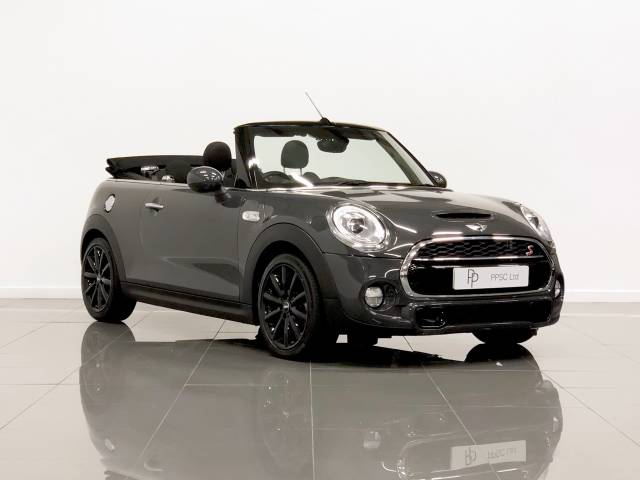 Mini Convertible 2.0 Cooper S 2dr Convertible Petrol Thunder Grey at Phil Presswood Specialist Cars Brigg
