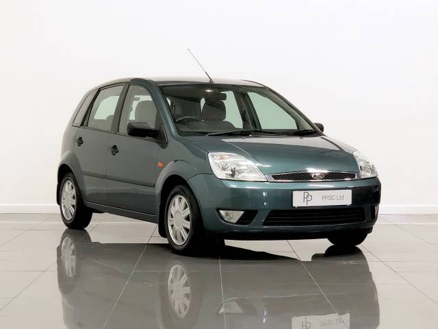 Ford Fiesta 1.6 Ghia 5dr Hatchback Petrol Metallic Green at Phil Presswood Specialist Cars Brigg